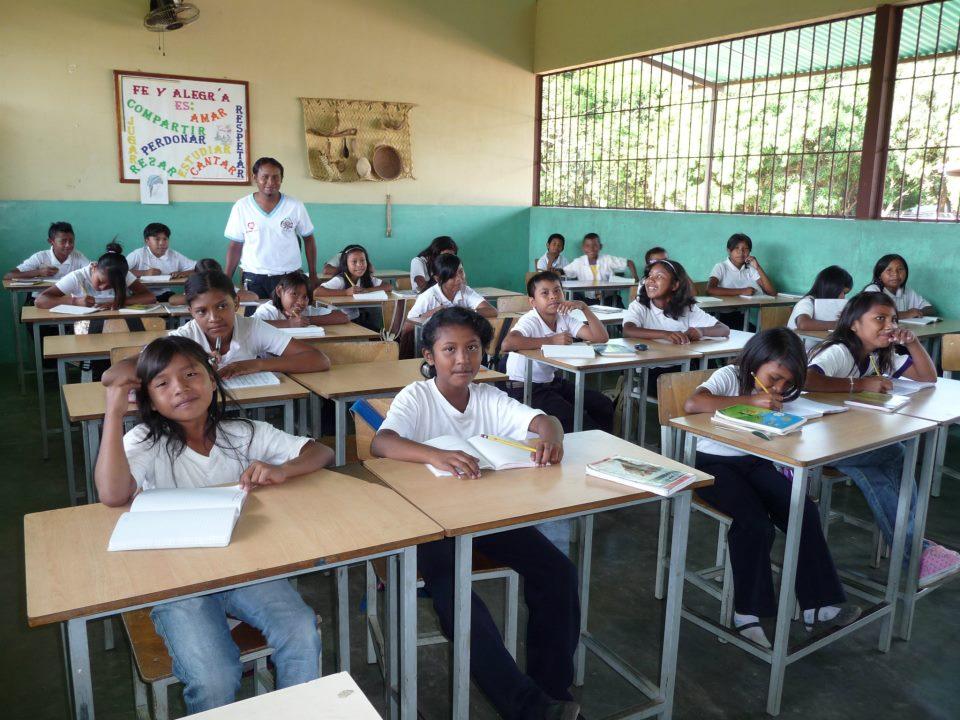 Niños en el aula