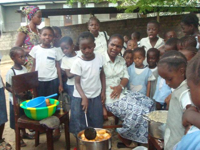 Niños en un día de convivencia