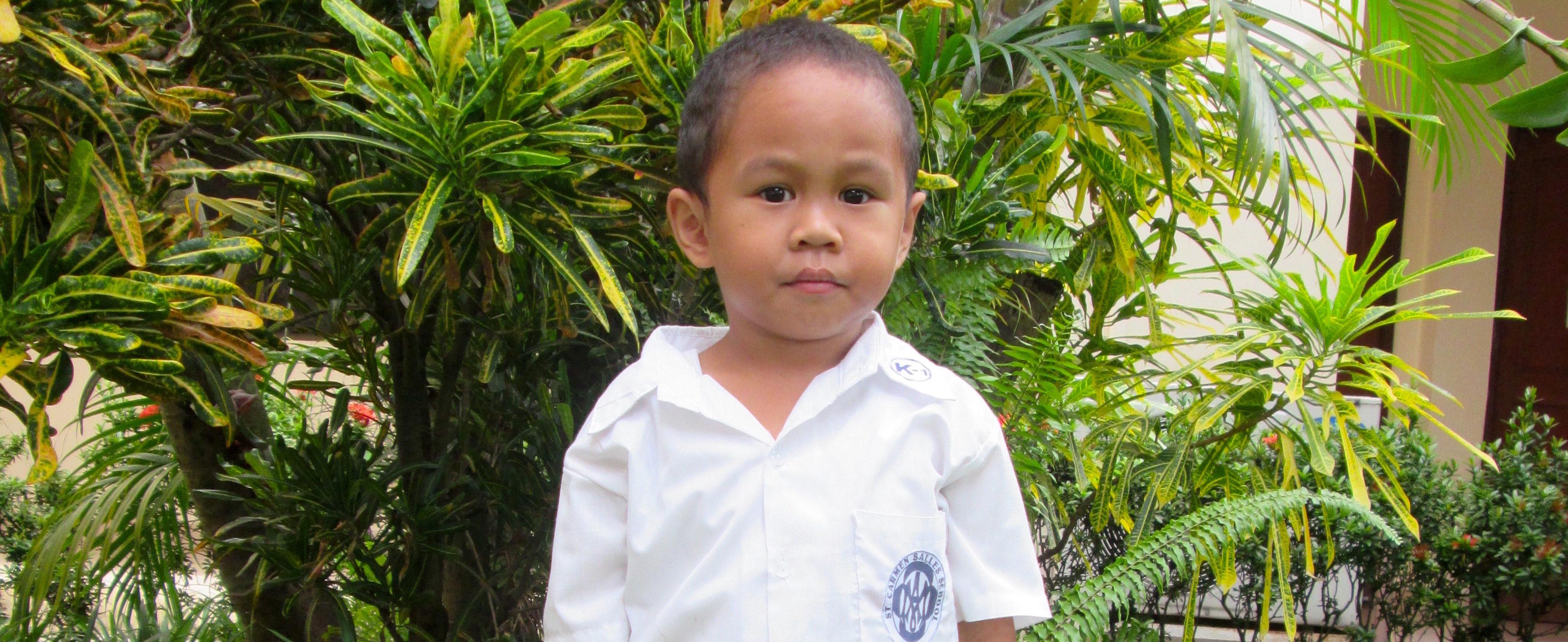Sardido Justine, Bacolod en Filipinas