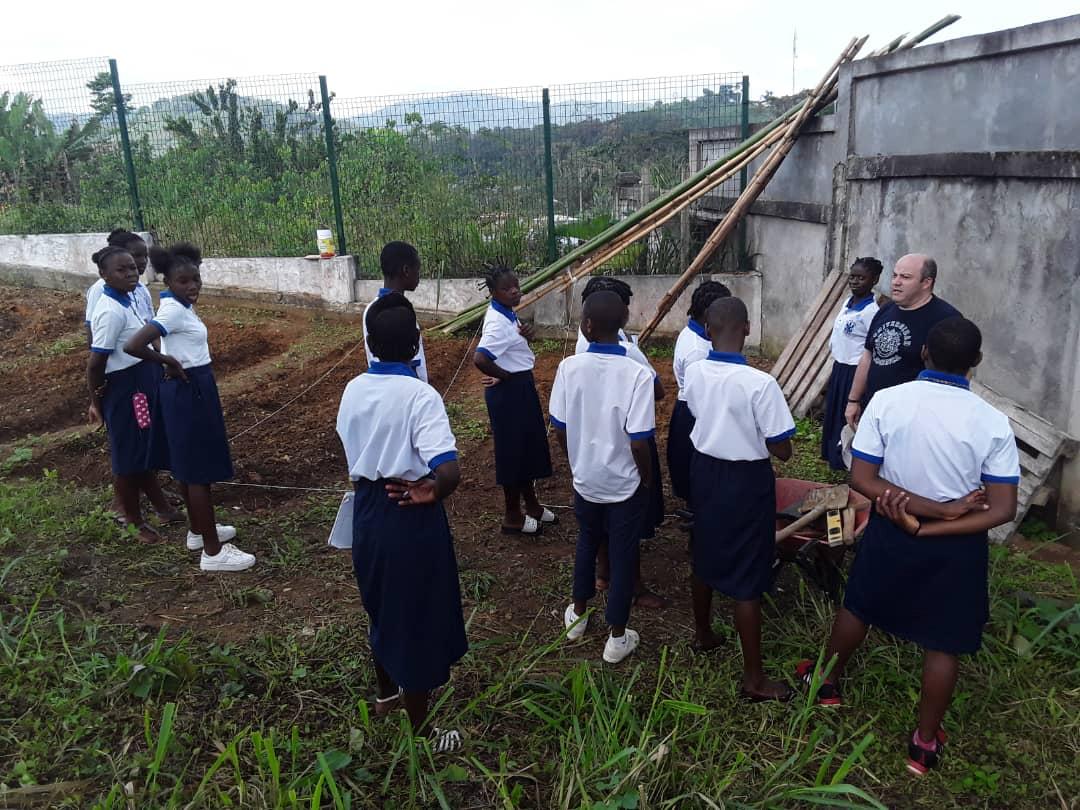 Proyecto de creación de un huerto en Evinayong (Guinea Ecuatorial)