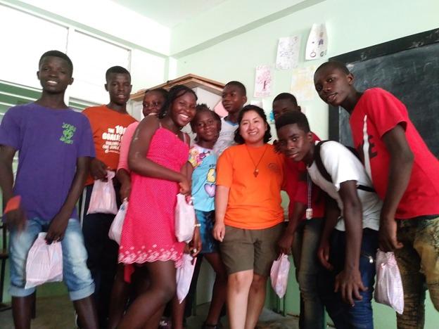 Haití Fundación Siempre Adelante 01