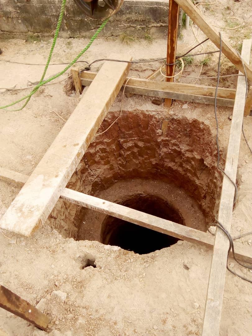 Reparación Pozo Yoaundé (01)